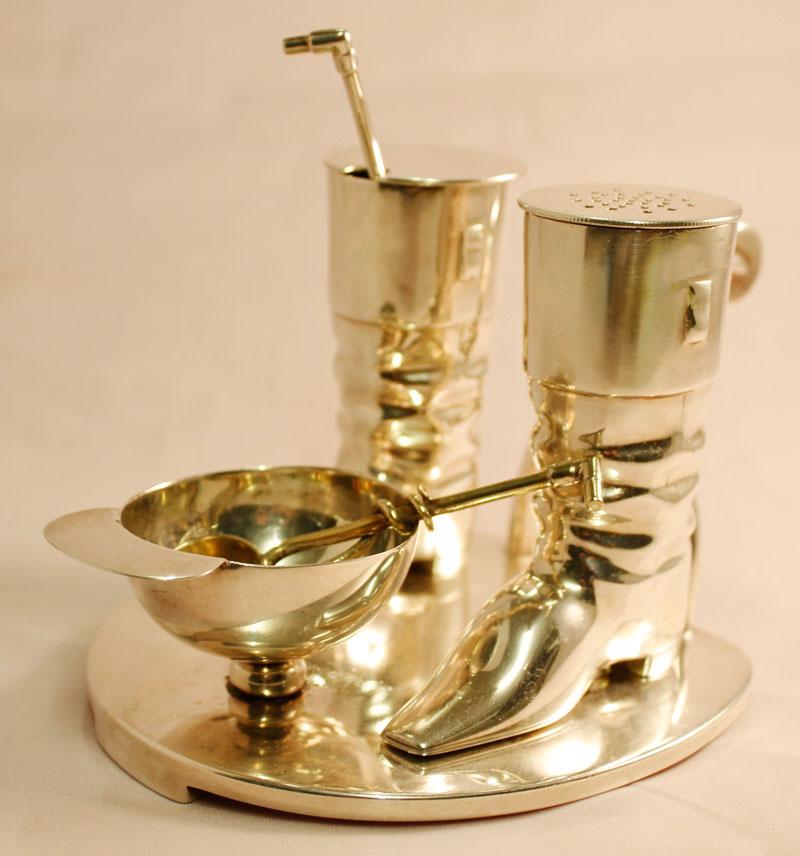 Victorian silver plated novelty cruet set