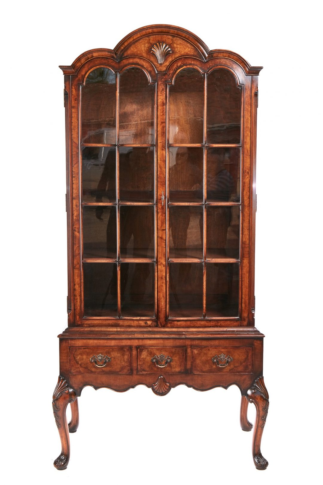 Queen Anne, walnut display cabinet
