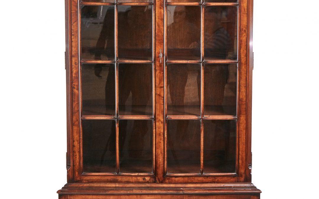 Queen Anne, walnut display cabinet